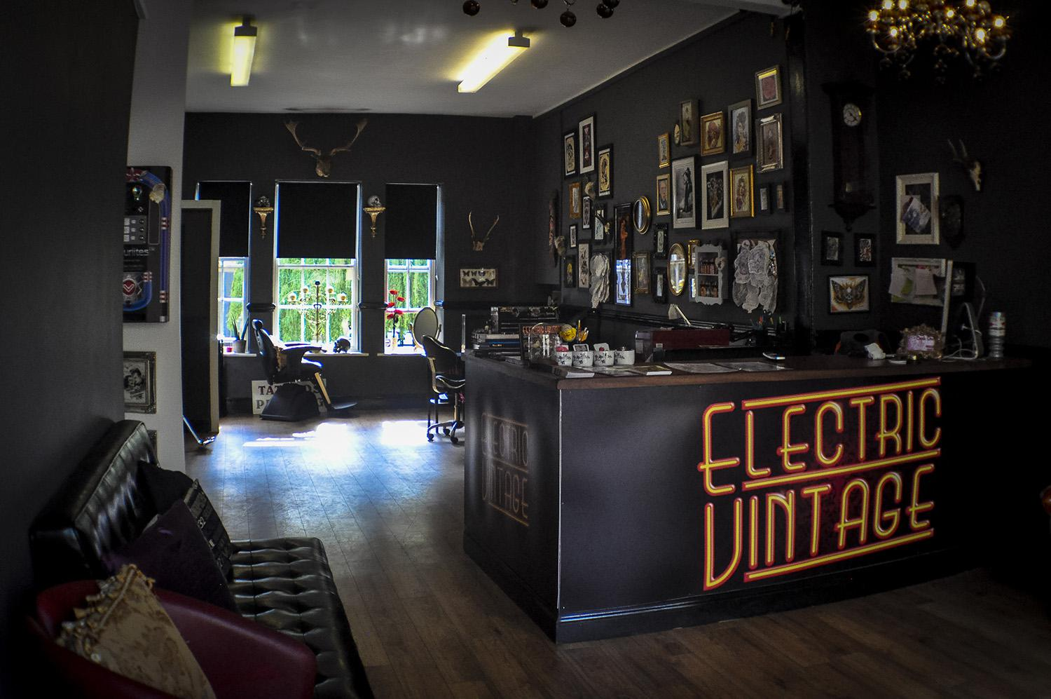 The studio electric vintage for Tattoo shop design